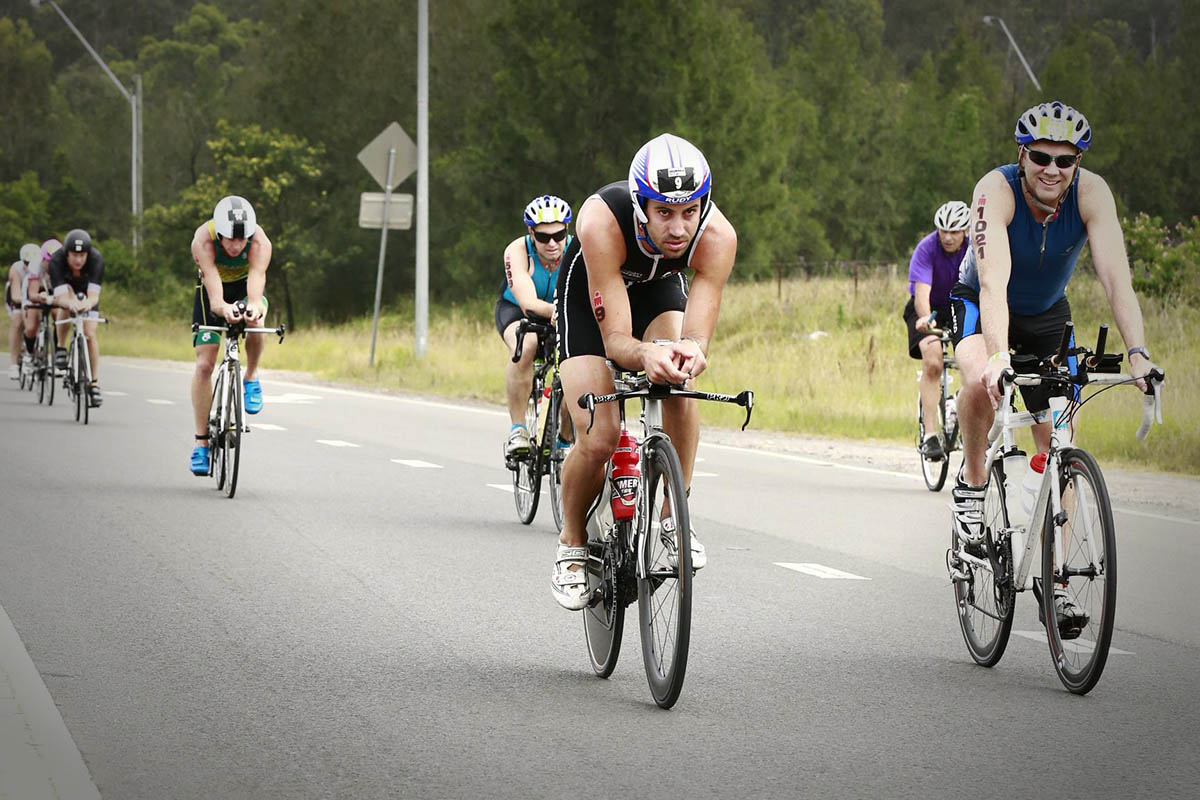 Ironman 70.3 Western Sydney Bikes on course